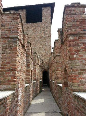 Museo di Castelvecchio: percorso in cima alle mura