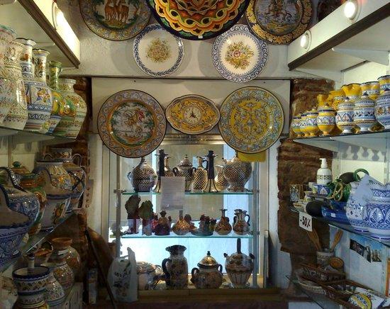 Ceramic picture of exposition artesania de espana mijas for Artesanias de espana