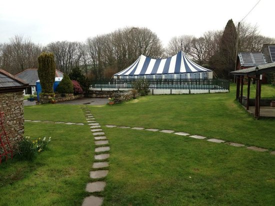 Wringworthy Cottages: The 50ft x 30ft Marquee