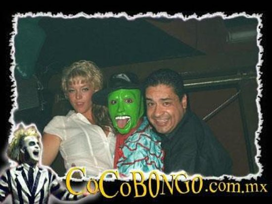 Coco Bongo Cancun: locky girl  had two men   forone  nigth   me  and the mask