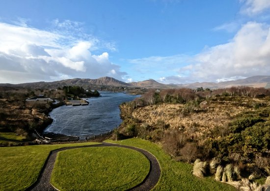 Sneem Hotel: A lovely March Morning before a great breakfast