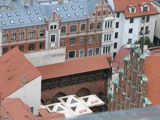 View of Riga from St Peter's Church Tower : кафе