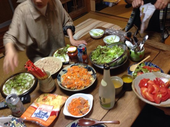 Minshuku Agaihama: Dinner with the owner.