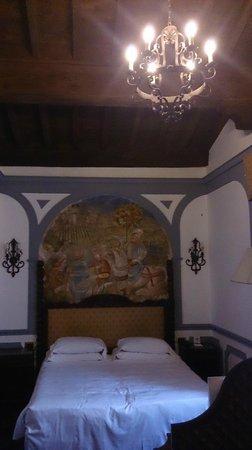 B4 Astoria Firenze: tête de lit