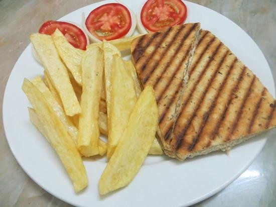 Tuna Focaccia with Chips