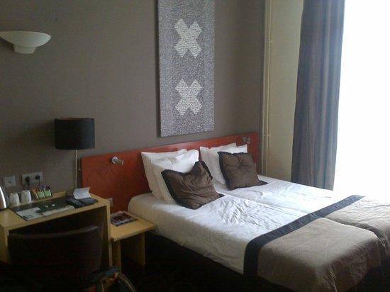 Hampshire Hotel - Lancaster Amsterdam : Une partie de la chambre