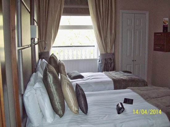 Grange Strathmore Hotel: Room 212A