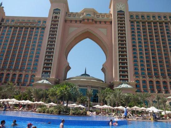Atlantis The Palm Pool Picture Of Atlantis The Palm