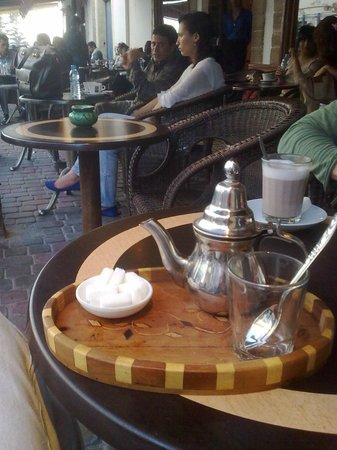 Chez Ben Mostafa: Прекрасный мятный марокканский чай