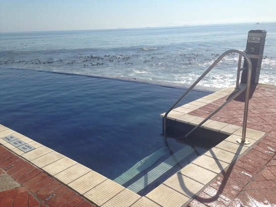 Radisson Blu Hotel Waterfront, Cape Town: The pool