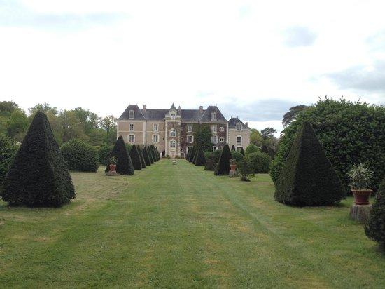 Château de Chambiers : Vue du jardin