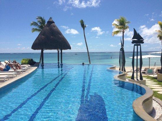 Ambre Resort & Spa: pool veiw