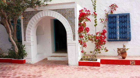 Residence Dar Sidi : entrance to one of the bedroom suites