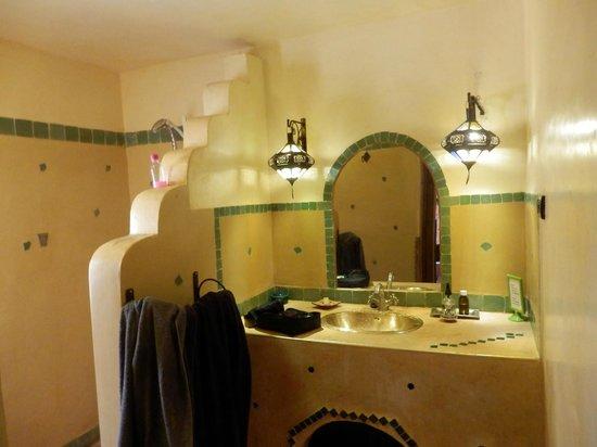 Sawadi: salle de bain