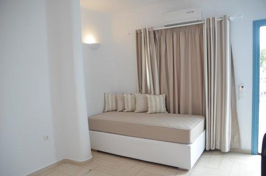 Evgenia Villas & Suites : Another view in big room