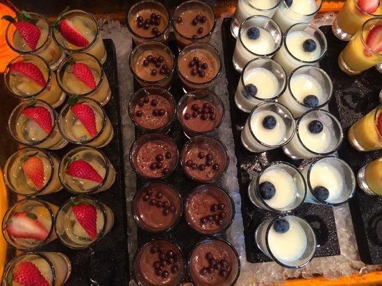 10 at Claymore: Dessert corner