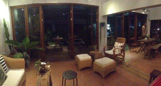 Happynest Hostel: Lobby Level