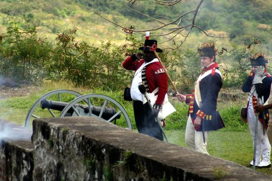 Island Paradise Tours: The Cannons at Brimstone Fort