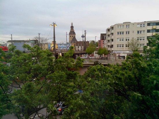 Appartel am Dom: Вид из окна номера