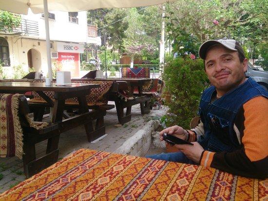 Mehmet and Ali Baba Kebab House: kebap house