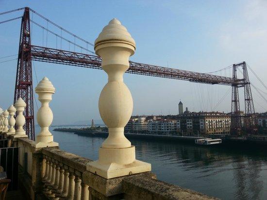 Gran Hotel Puente Colgante: Vista Izquierda desde la Habitación