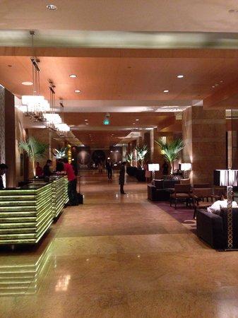 Grand Hyatt Mumbai : The lobby