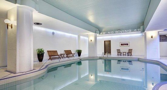 Hilton Saint John: Saltwater Swimming Pool