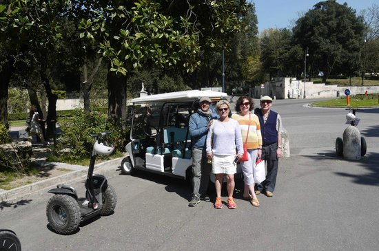 Gioia Private Tours & Trips: Roberto and us!