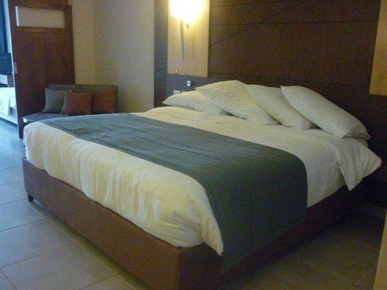 Coral Sea Waterworld Resort : fab holiday