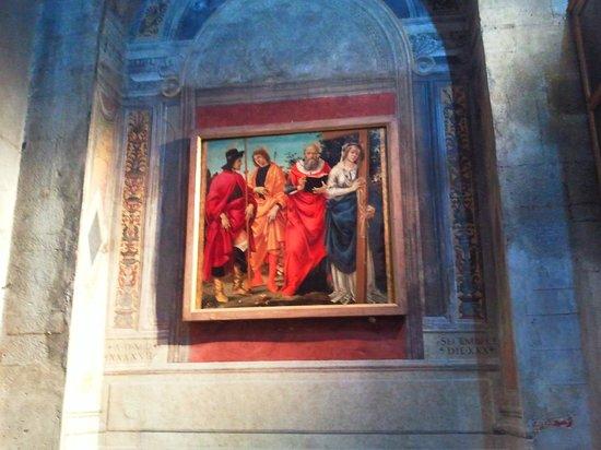 Lucca, إيطاليا: La bellissima tavola dei quattro santi di Filippino Lippi