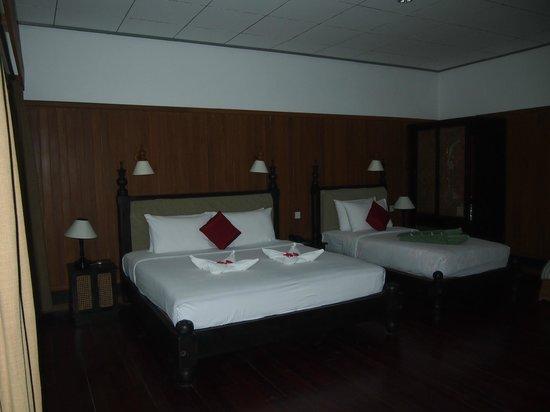 Thande Beach Hotel: номер