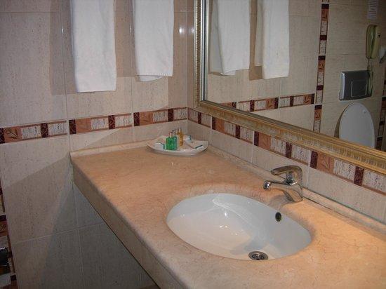 Harlek Thermal Hotel: banyo