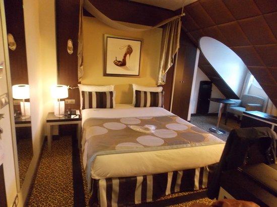 Hotel Le M : notre chambre ( 502 )