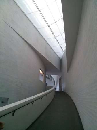 Musée Kiasma d'art contemporain (Nykytaiteen Museo) : музей