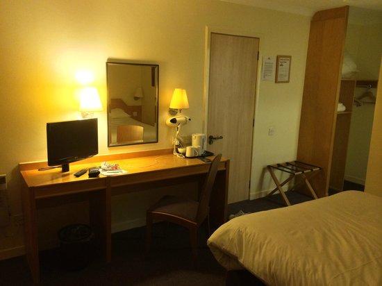 Days Inn Hamilton : Basic but comfortable & clean
