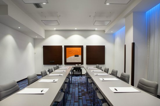 Hotel Parlament: Conference room