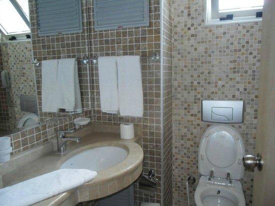 Mersoy Exclusive Aqua Resort: bathroom