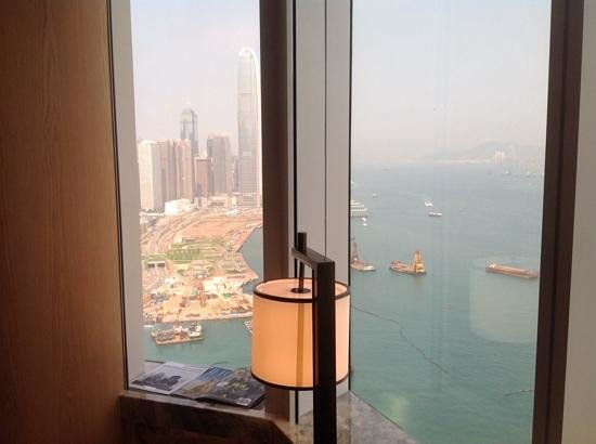 Renaissance Hong Kong Harbour View Hotel : view from 40th floor