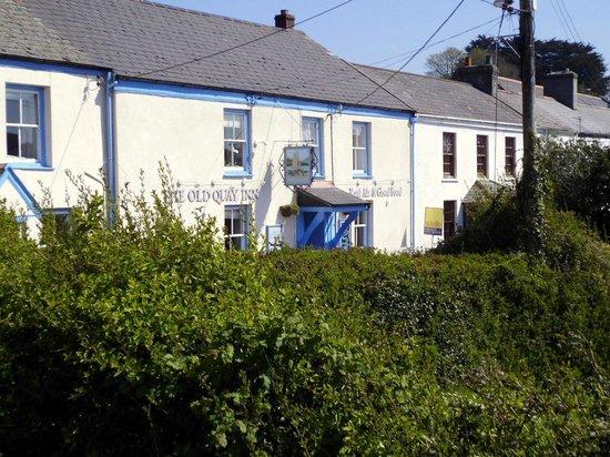 The Old Quay Inn: Inn from their car park