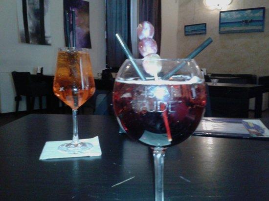 kir royal e spritz - Foto di Feelgood, Milano - TripAdvisor