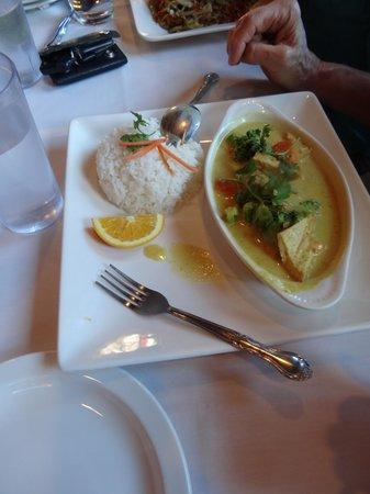 Thai Sapa : Curry Dish