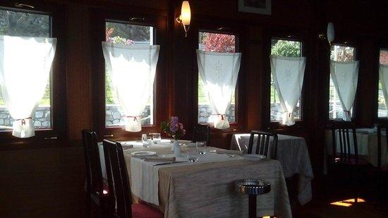 Battello del Sole: Interno del ristorante molto bello