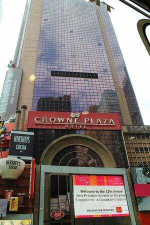 Crowne Plaza Times Square Manhattan: hotel da fuori