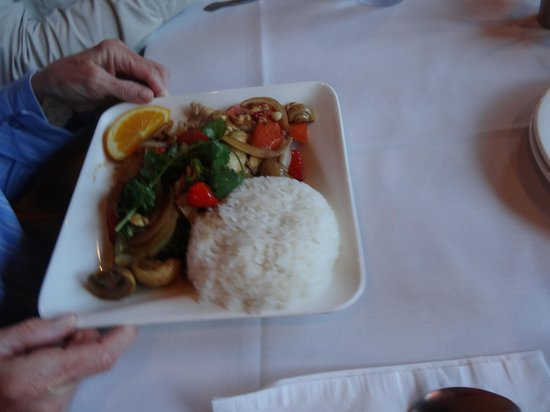 Thai Sapa: Chicken Dish