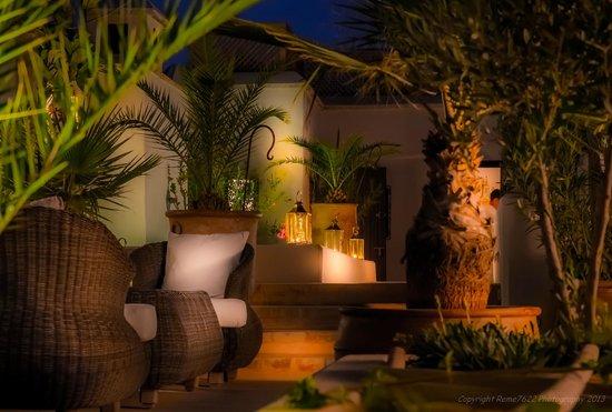 Riad Camilia: RoofTop at night