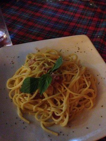 La Dolce Vita Restaurant: Карбонара ниочем