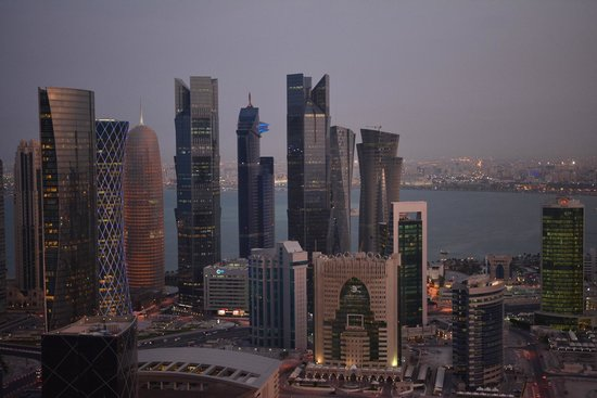 InterContinental Doha The City: The view from the 46th floor pool area. (lens 18-35mm Sigma f1.8)