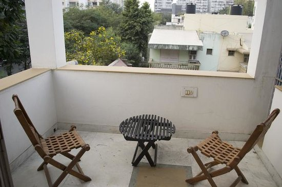 BnB Ahmedabad: 2nd Floor Deluxe Room Sit-Out