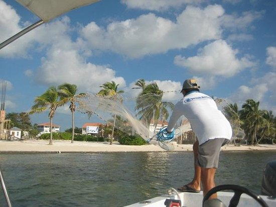 GoFish Belize: catching bait before reef fishing