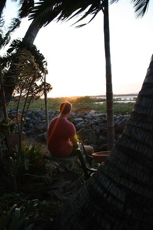 Beachfront Bed & Breakfast: Lovely spot to watch the sunset